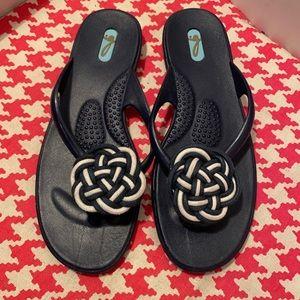 Oka bee Flip Flop Sandals
